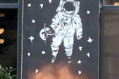 38-fabrika-tbilisi-graffiti-spaceman